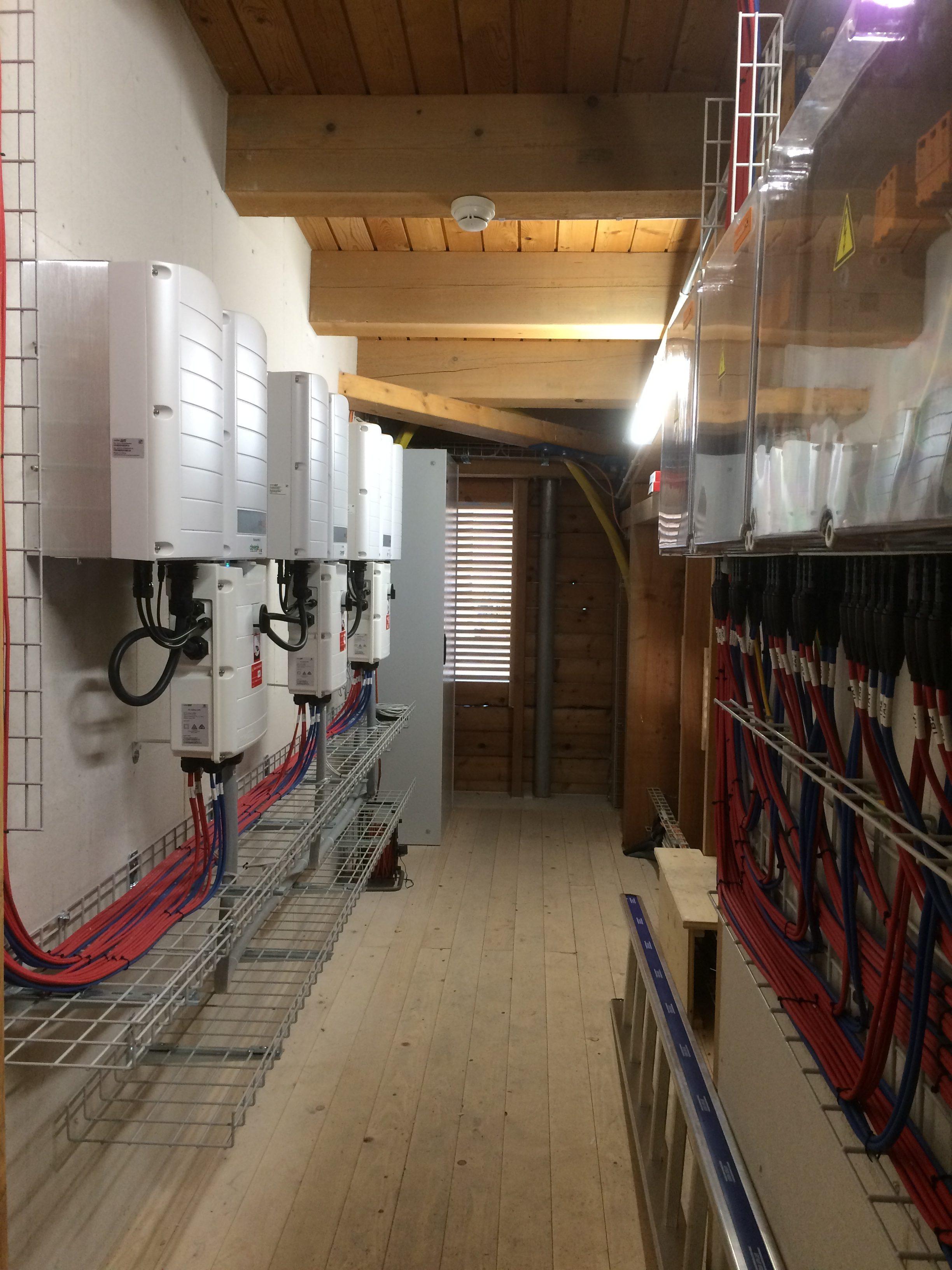 Wechselrichterraum PV-Anlage Reithalle Kloster Einsiedeln